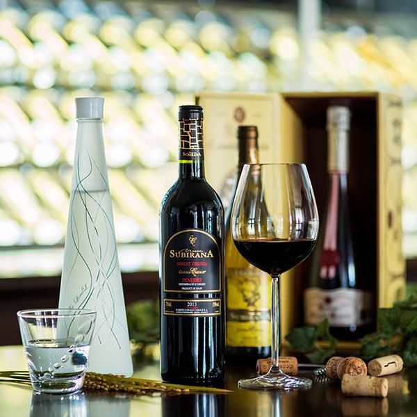 オリジナルワイン「カナルス」